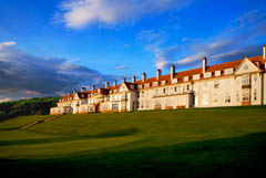 800 acre luxury spa and golf hotel in Scotland