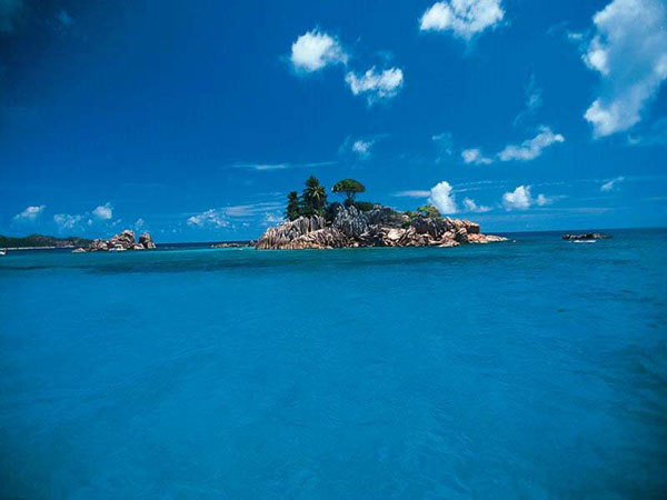 stylish islands and places to stay in the Seychelles