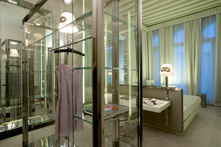 Cool and unique designer philippe starck boutique hotel in for Design boutique hotel venice