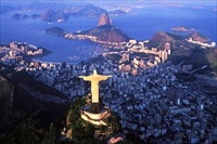 Rio Cristo Redentor and city