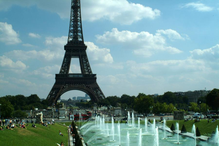 luxury apartments with view to the Eiffel tower Paris